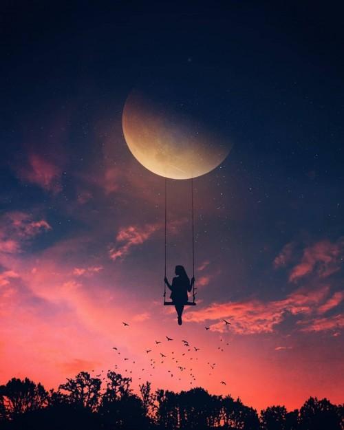 una-mujer-en-la-luna.jpg