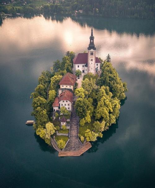 Lake-Bled.jpg