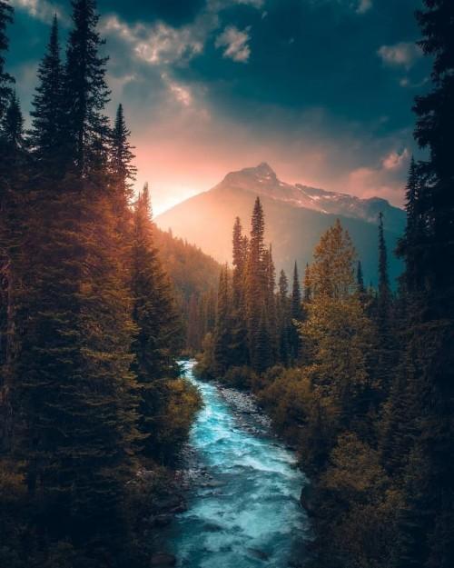 Glacier-National-Park-Canada.jpg