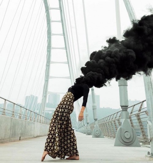 mujer-y-humo.jpg
